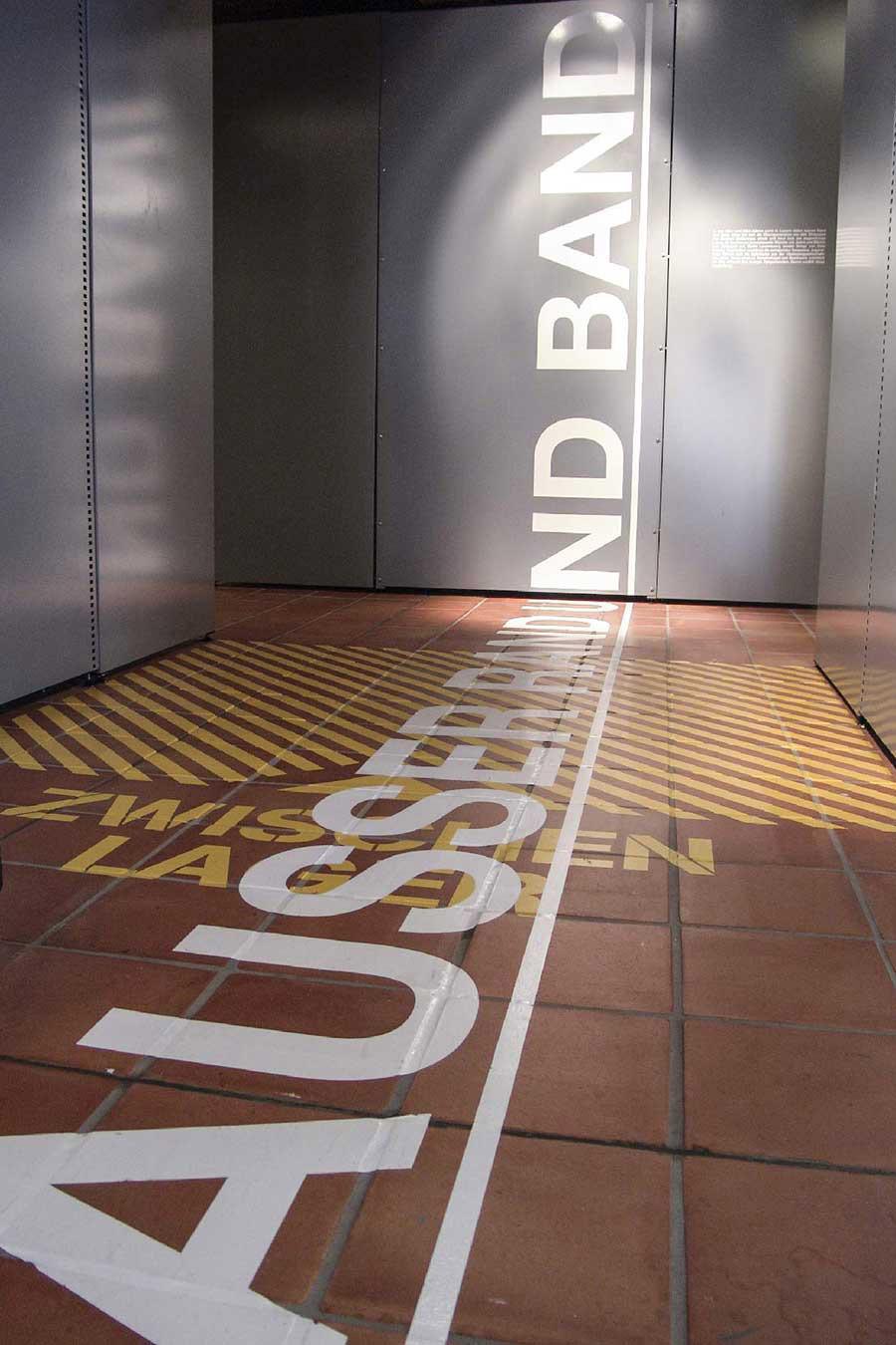 Historisches Museum Szenografie Ausstellung Ausser Rand und Band