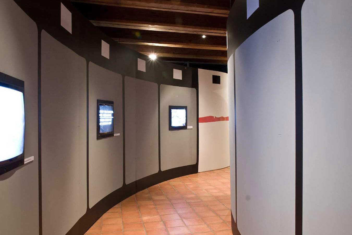Historisches Museum Ausstellung Szenografie Super8