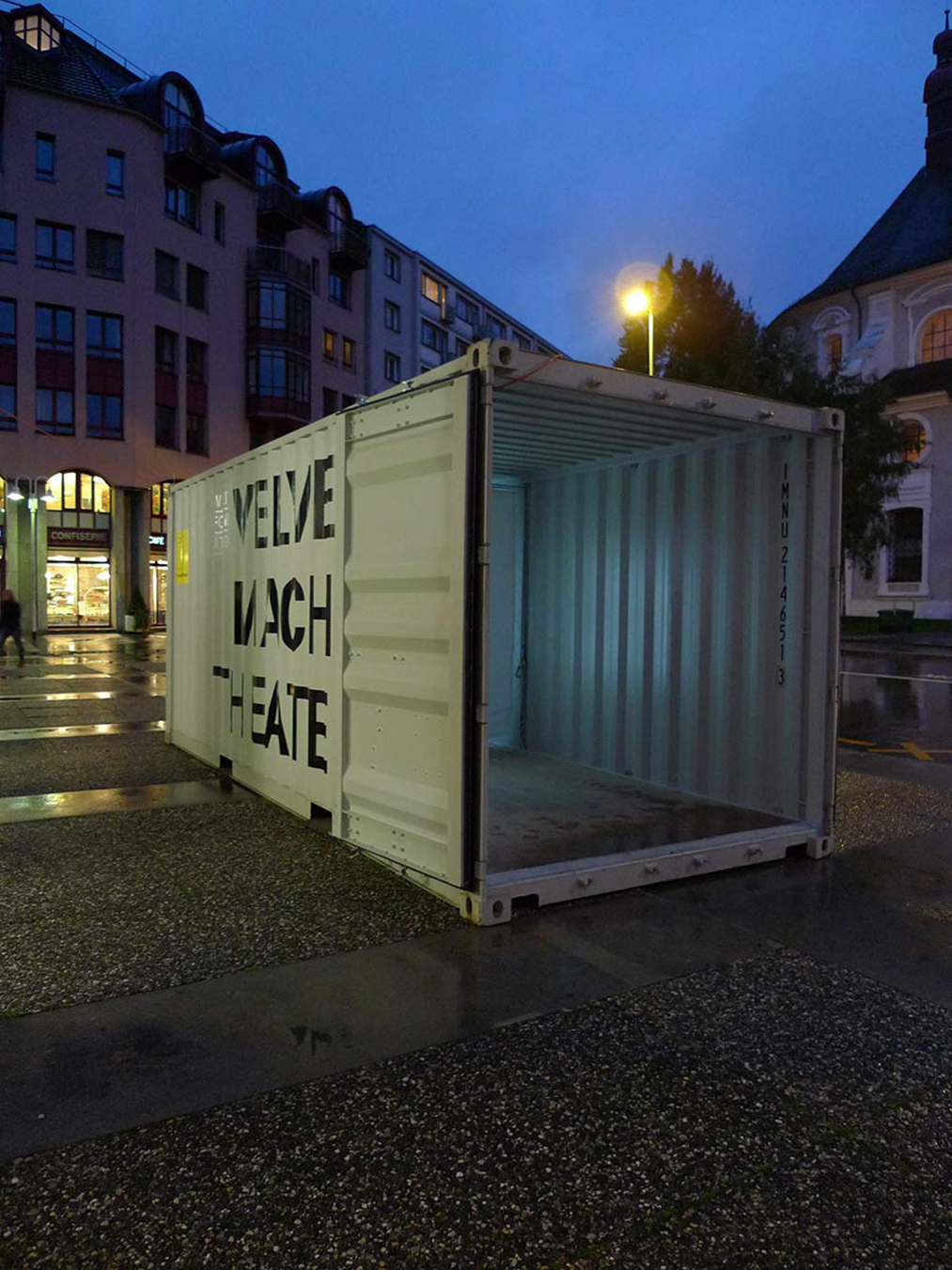 Velvet macht Theater Luzerner Theater Container